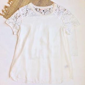 Rebecca Taylor 100% silk & lace cream blouse.